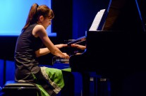 26/04/2013  Sanja Vrsalović, klavir : Bojanja ( program: Cowel, Messiaen, Part ) @ Polukružna dvorana &TD-a