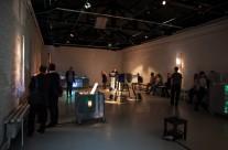 """24/04/2013 Otvorenje izložbe grafičkih partitura i šahtofona DB Indoša i izvedba """"ni svi kraljevi ljudi…"""" (šahtofonija) @ Galerija SC"""