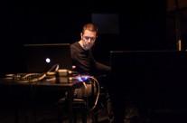 24/04/2013  Alfonso Santimone ( piano, live electronics) : biOport @ Polukružna dvorana &TD-a