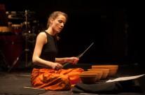 25/4/2013 Kaja Farszky : Izlog zvuka udaraljki u 80ima ( program: Sueyoshi, Smith, Globokar, Rzewski, Xenakis) @ Polukružna dvorana &TD-a